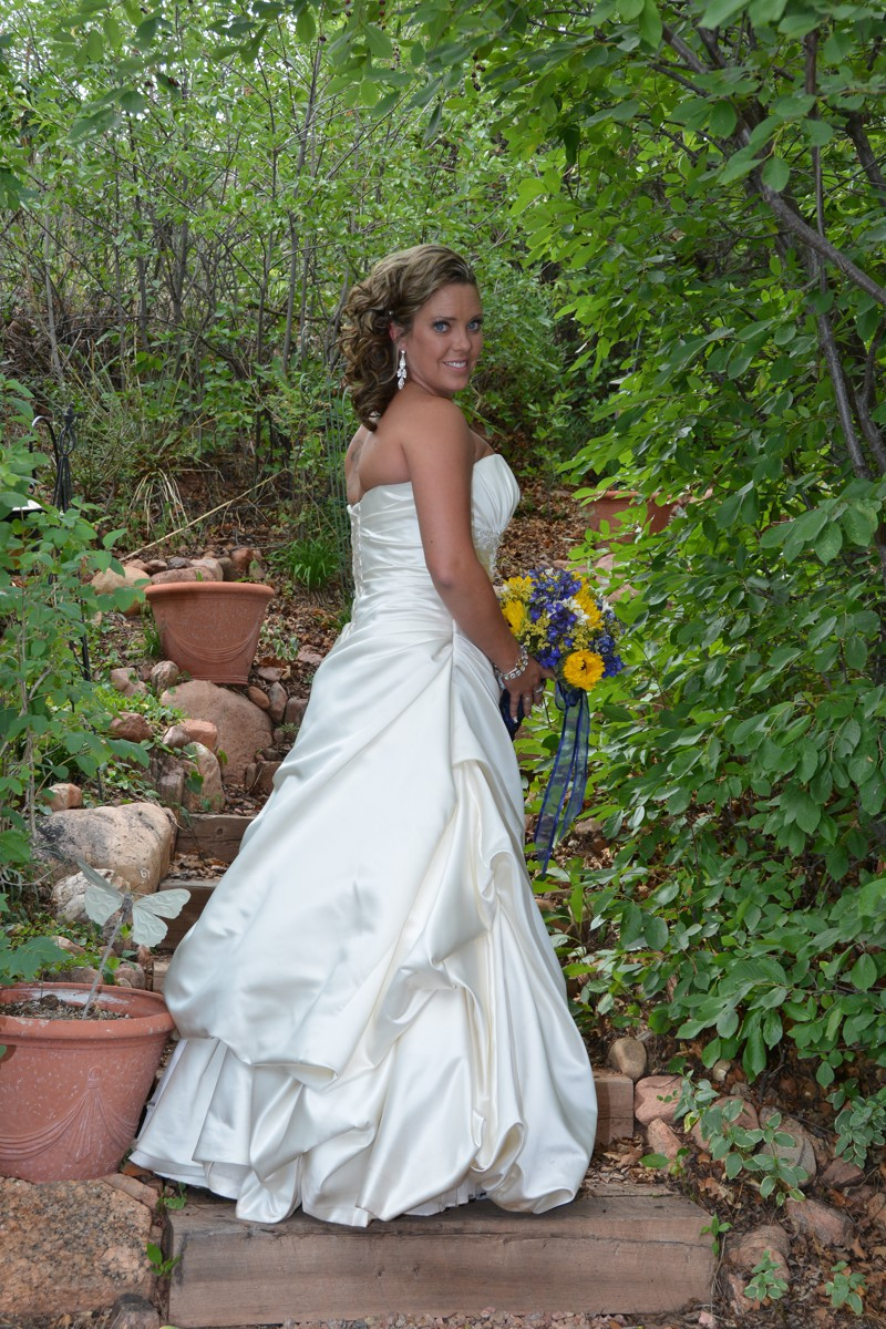 Spring Wedding at Pikes Peak Weddings, Manitou Springs, Colorado