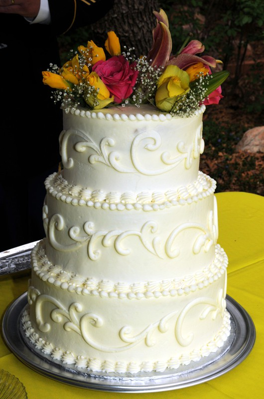 Wedding Cake at A Pikes Peak Wedding in Manitou Springs, Colorado