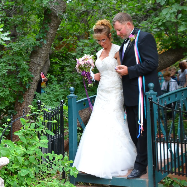 Wedding Ceremony at Pikes Peak, Manitou Springs, Colorado
