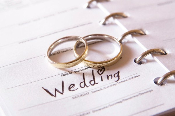 Booking a Wedding Package by Pikes Peak, Rocky Mountains, Colorado